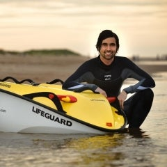 Solar-Powered Watercraft Designed for Rescue Missions