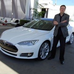 Tesla Makes $2.8 Billion bid to Purchase SolarCity