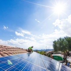 With $305M Cash Equity Round SolarCity Raise More Funds Before Tesla Takes Over