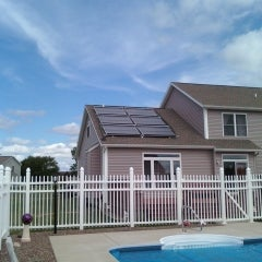 A 6 collector combined heating and  pool heating installation