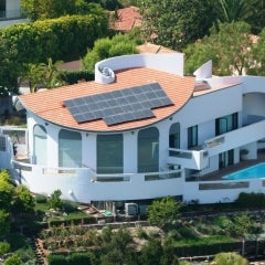 Architectural Digest Home - Looks Even Better with Solar!