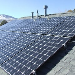 3.06kW Roof mounted LG Solar array