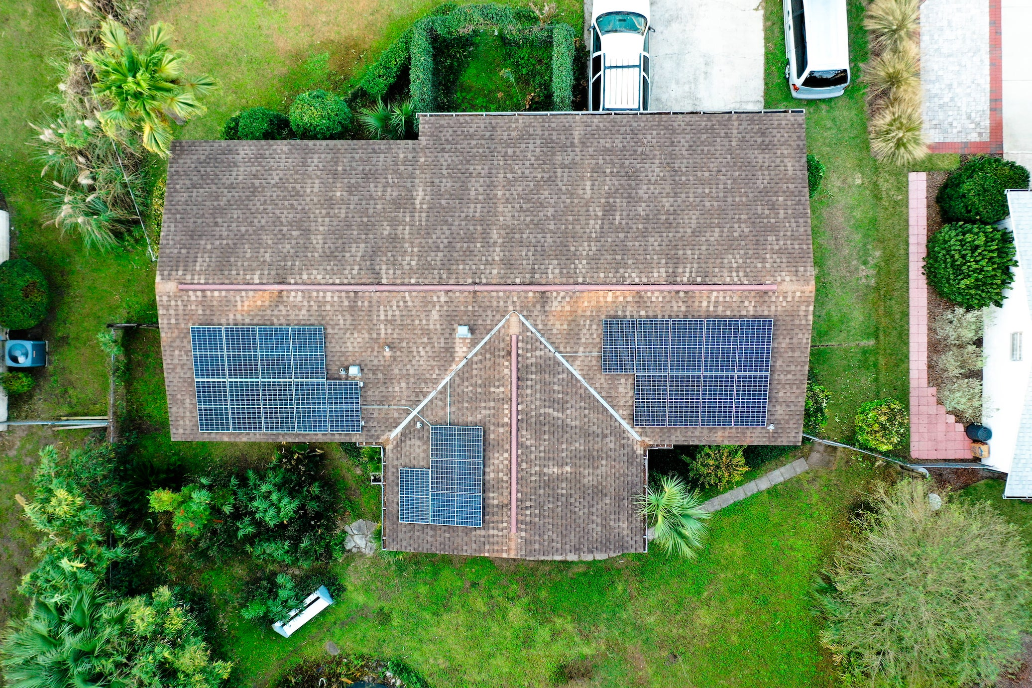 7 kW Roof Mounted PV System in Gainesville, FL