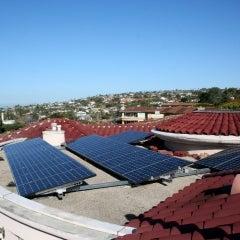 24 Sunpower238-watt high-efficiency solar panels