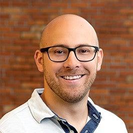 Evan Nicoles - Author of Solar Reviews