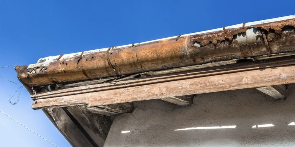 Cons of seamless steel gutters