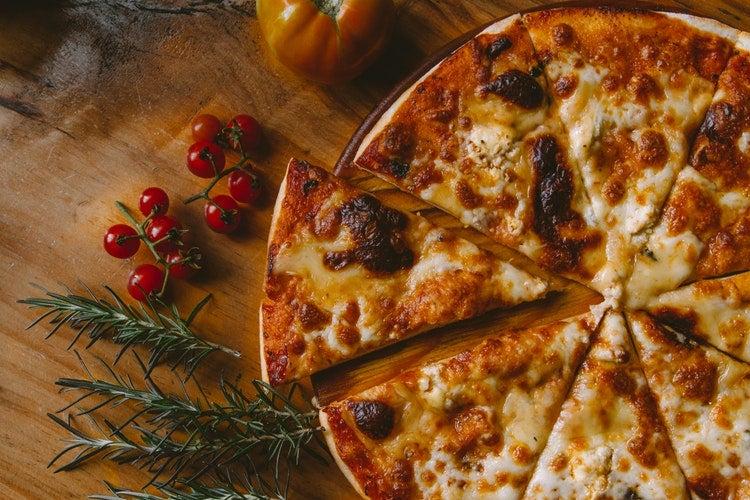 Pizza, by Ivan Torres