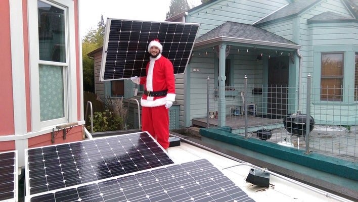 top solar powered christmas gifts 2020