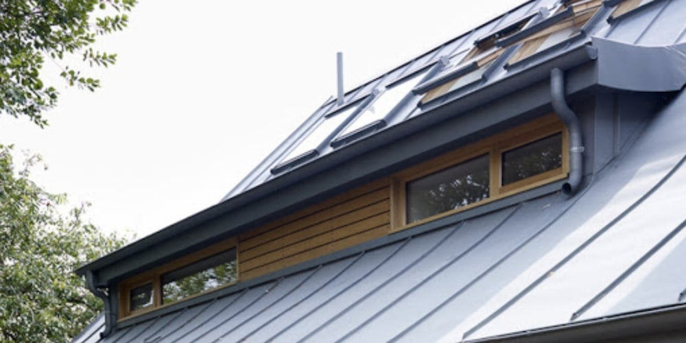 https://www.solarreviews.com/content/images/blog/zinc-roof.jpg