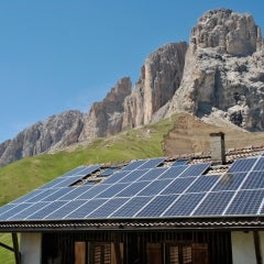 100 GW of Solar PV Now Installed in the World Today