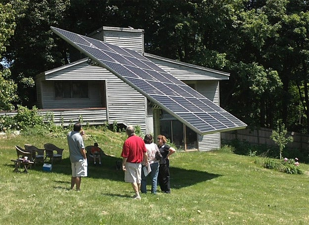 A dual-axis tracker array in Connecticut. Courtesy CT Solar Challenge.