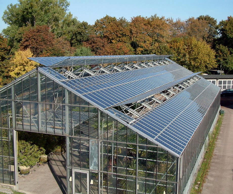 Solar Panels Sustain Indoor Crops Create Electricity