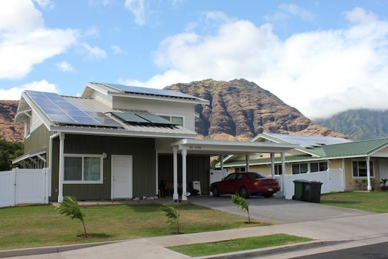 Kaupuni Village home with solar