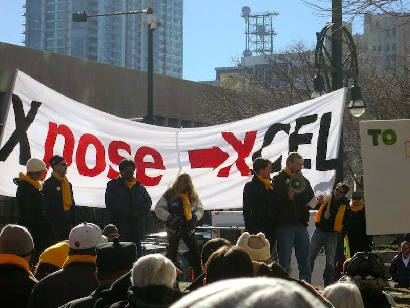 Solar supporters rally against Xcel's new solar plans