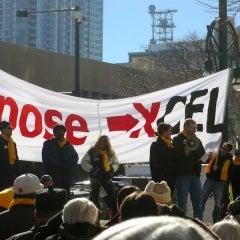 Hundreds Protest Xcel's Plans to Cut Net-Metering Rates in Colorado