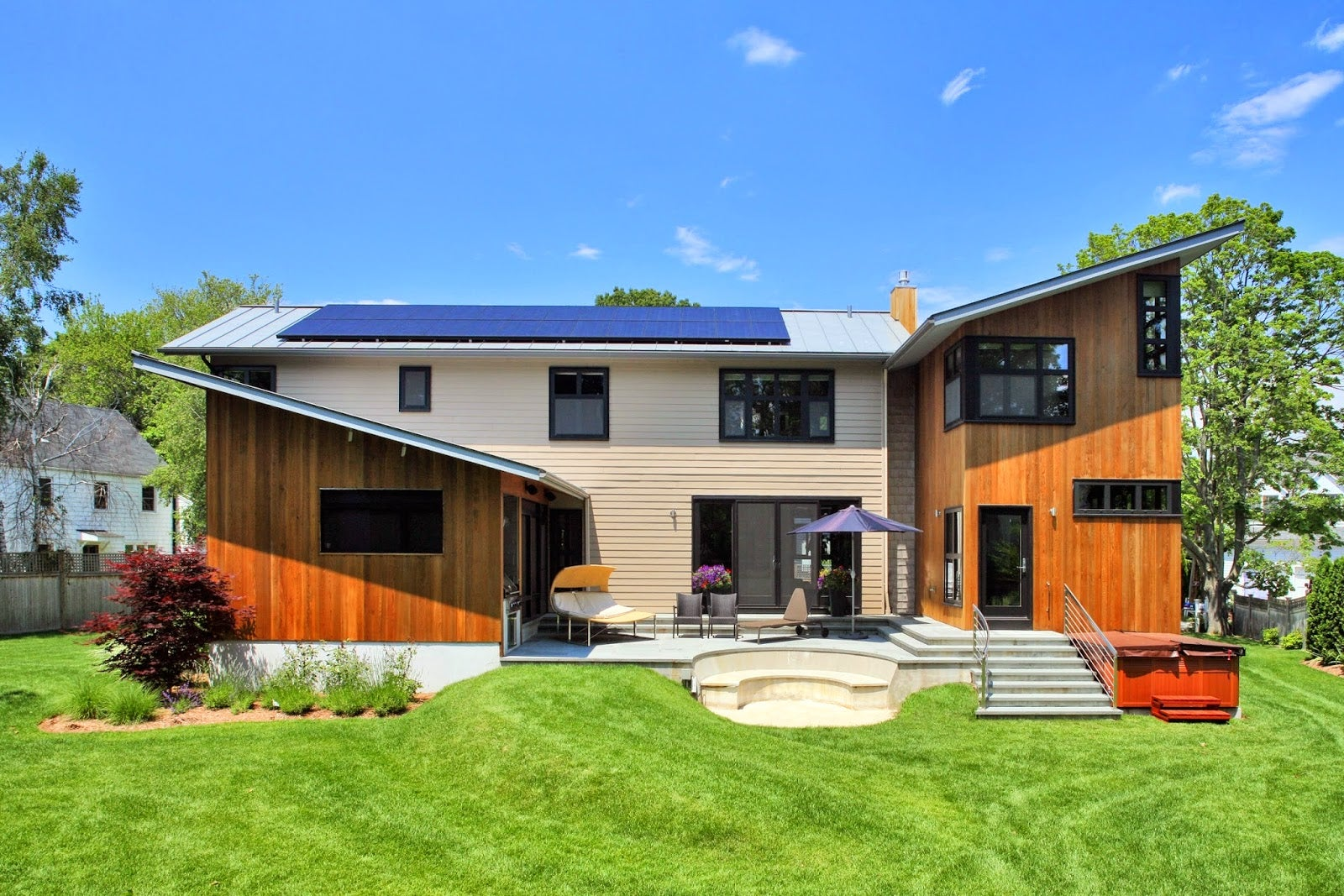 A SunPower installation on a home. Courtesy Google.