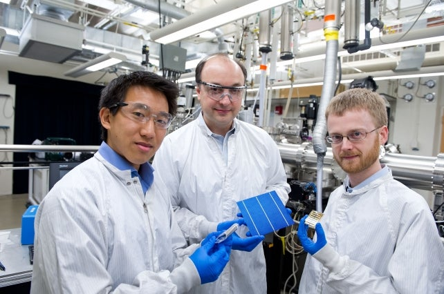 Photovoltaic researchers at MIT. Courtesy MIT