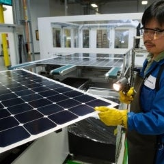 SunPower Regains Title as Maker of Most Efficient Silicon Solar Panel