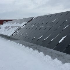 Solar Panels in Snow? No Problem—Expert Explains