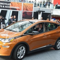 NY Gov. Cuomo Pushes $70M in Rebates for Electric Vehicles at NY Car Show