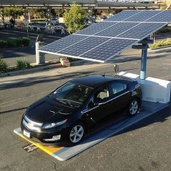 New York Installs Portable Solar EV Charging Station Near Buffalo, NY