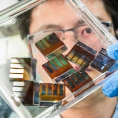 New Solar Tech Will Produce Electricity Near Speed of Light to Boost Efficiency