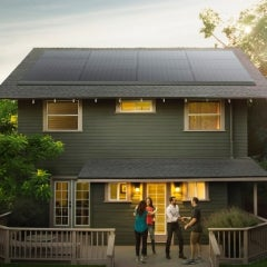 Tesla to Sell Home Solar at 800 Home Depot Stores, Lowes Deal in Works
