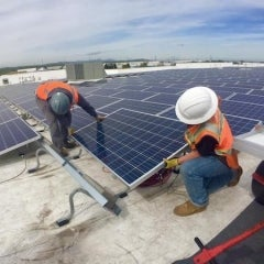 Amazon Completes 17th Rooftop Solar System in 14 Months