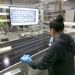 SunPower Begins Producing Solar Panels at SolarWorld Americas Plant in Oregon