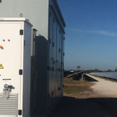 Florida Utility to Replace Gas Plants With World's Largest Solar Battery System