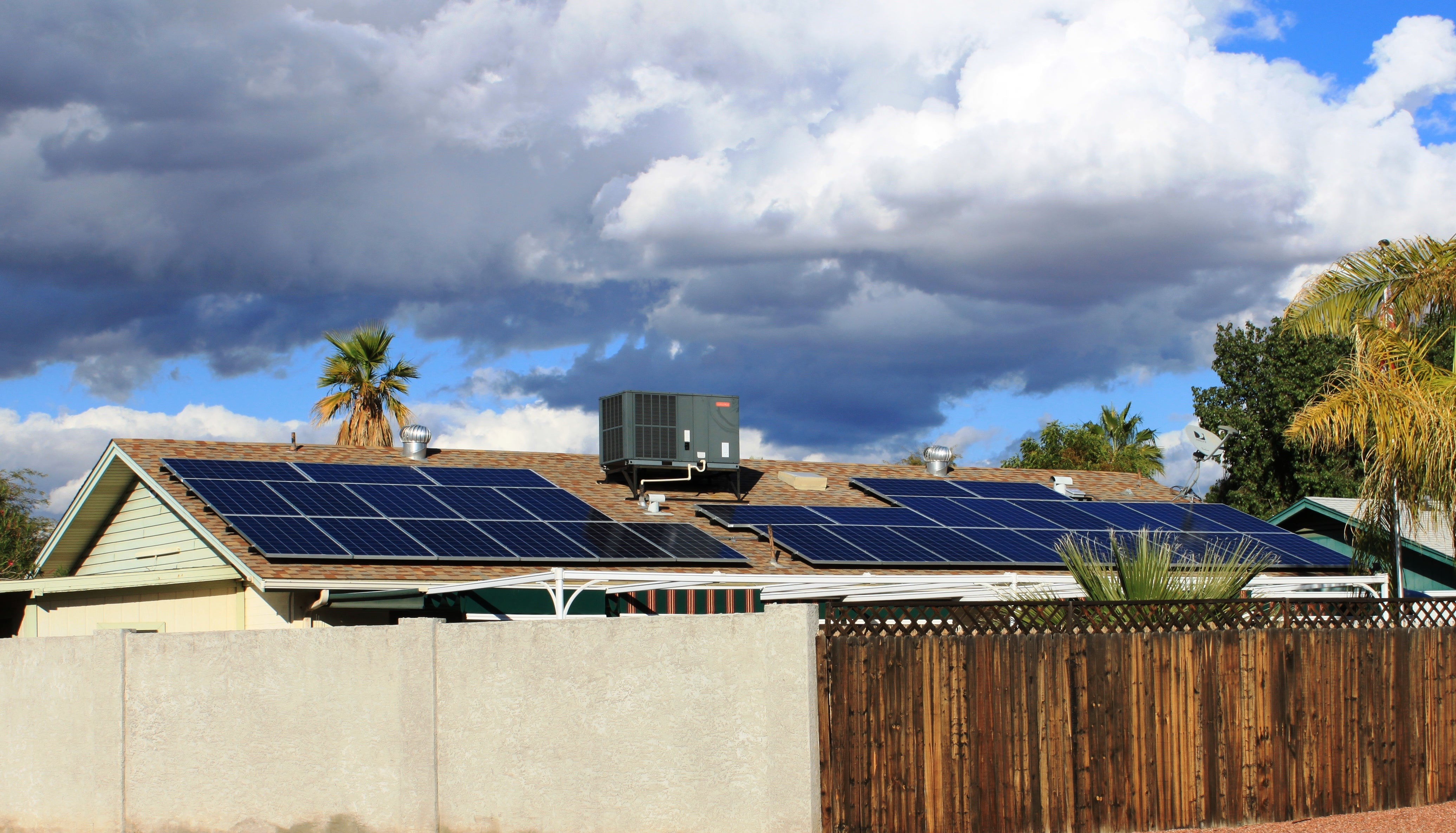 Tesla / SolarCity solar reviews, complaints, address & solar panels cost